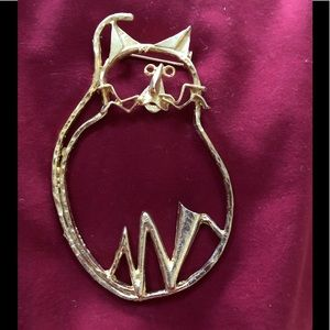 Cat lovers Pin
